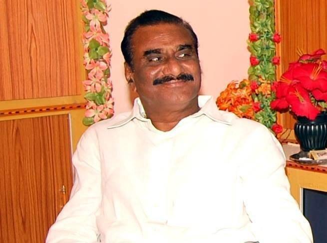 Congress loses 8th Telangana legislator Vanama Venkateshwara Rao to TRS