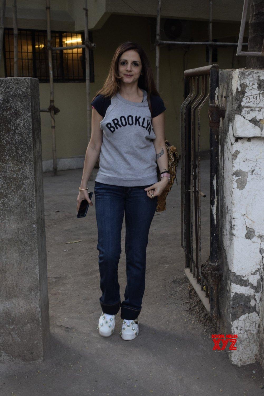 Mumbai: Sussanne Khan seen at Juhu #Gallery