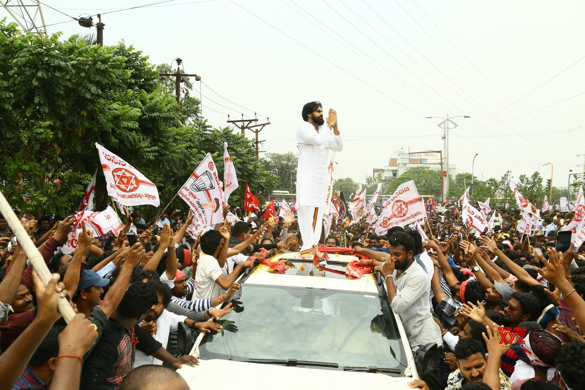 JanaSena Chief Sri Pawan Kalyan Nomination In Gajuwaka Gallery
