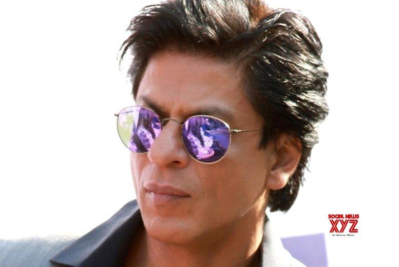 SRK meets Rishi in NY, Neetu admires his 'genuine' love