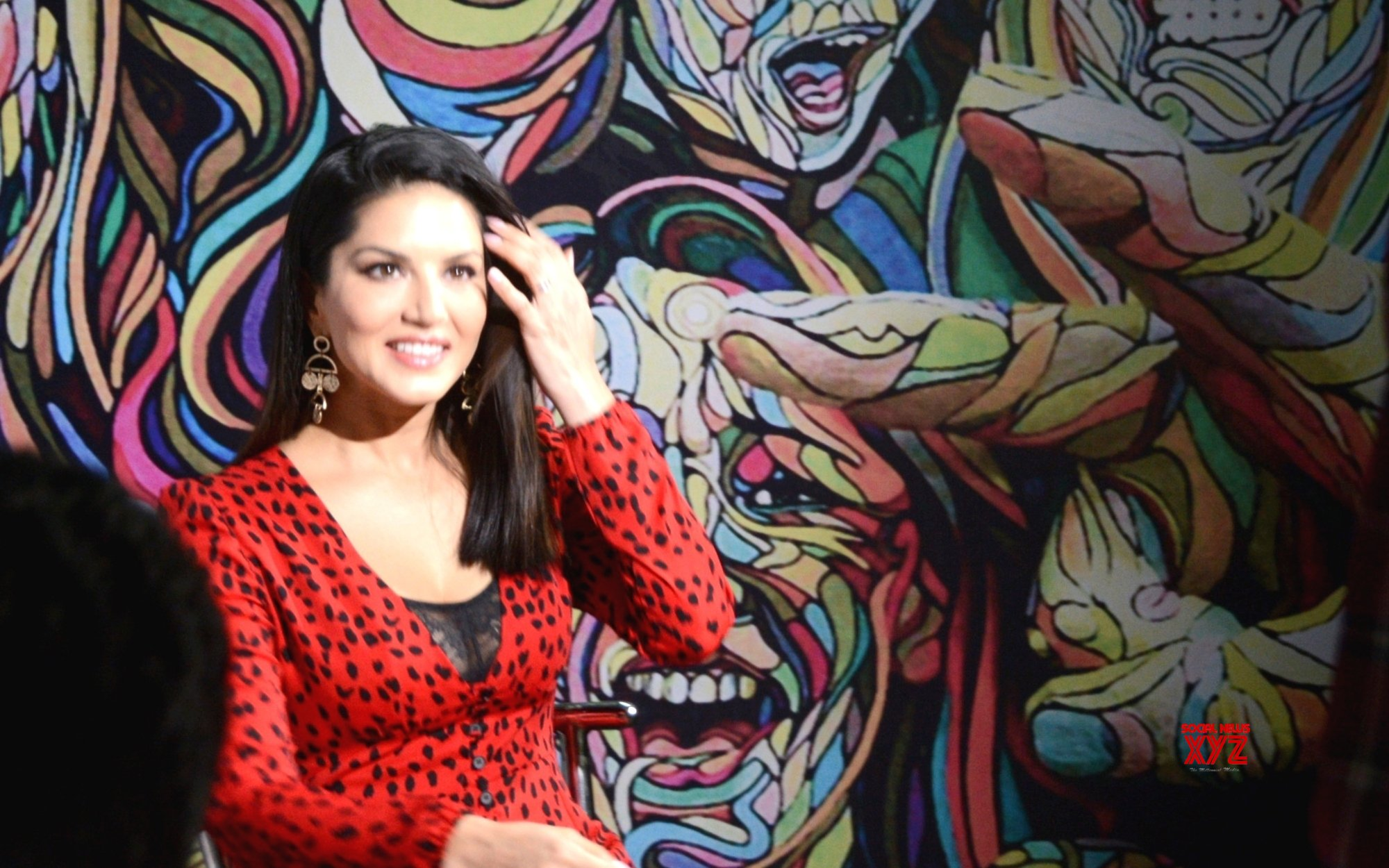 Sunny Leone cancels broadway performance over payment issues