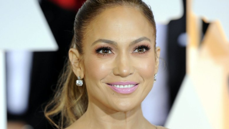 J.Lo would love to live in somewhere other than the US