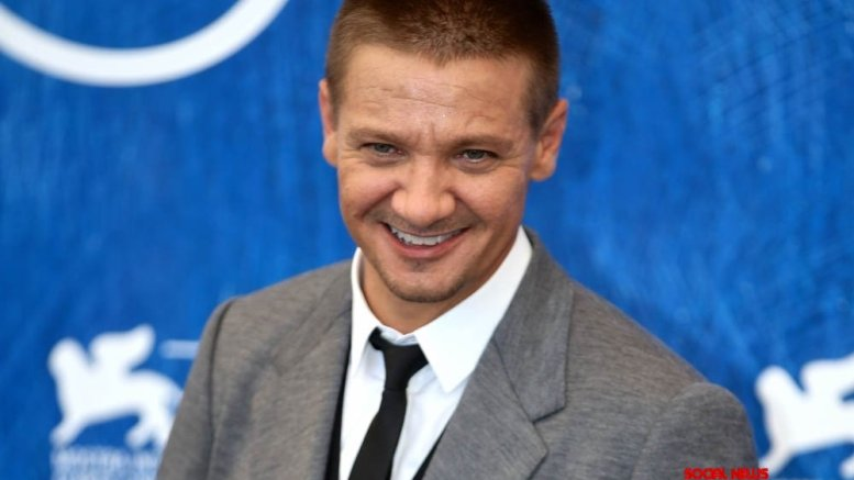 Actor-singer Jeremy Renner croons a new song