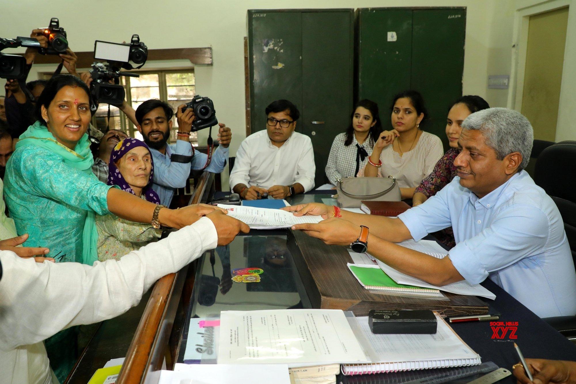 Jaipur: 2019 Lok Sabha polls: Krishna Poonia files her nomination #Gallery