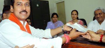 Jaipur: Union Minister and BJP's Lok Sabha candidate from Jaipur Rural, Rajyavardhan Singh Rathore files his nomination for the forthcoming Lok Sabha polls, in Jaipur, on April 16, 2019. (Photo: Ravi Shankar Vyas/IANS)