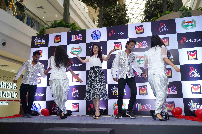 Bhagyashree And Sandip Soparrkar Unveils India Dance Week Season 6 Trophy - Gallery