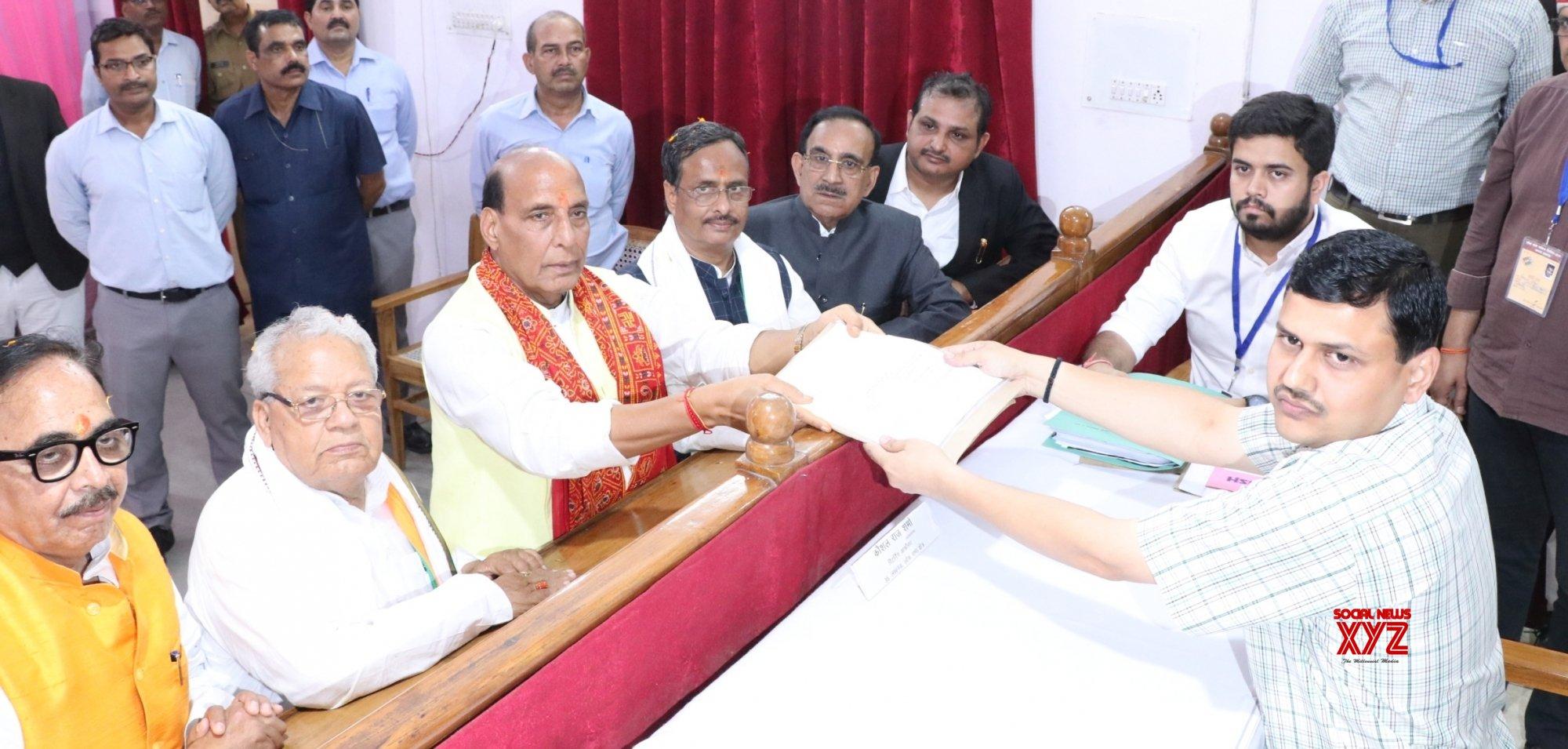 Lucknow: 2019 Lok Sabha elections - Rajnath Singh files nomination #Gallery
