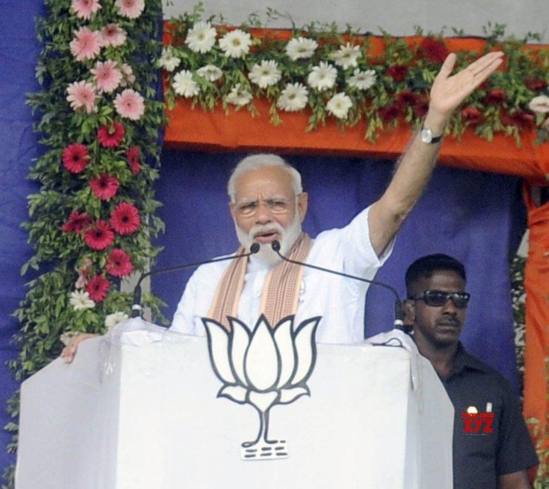 Modi says Congress will destroy Gujarat