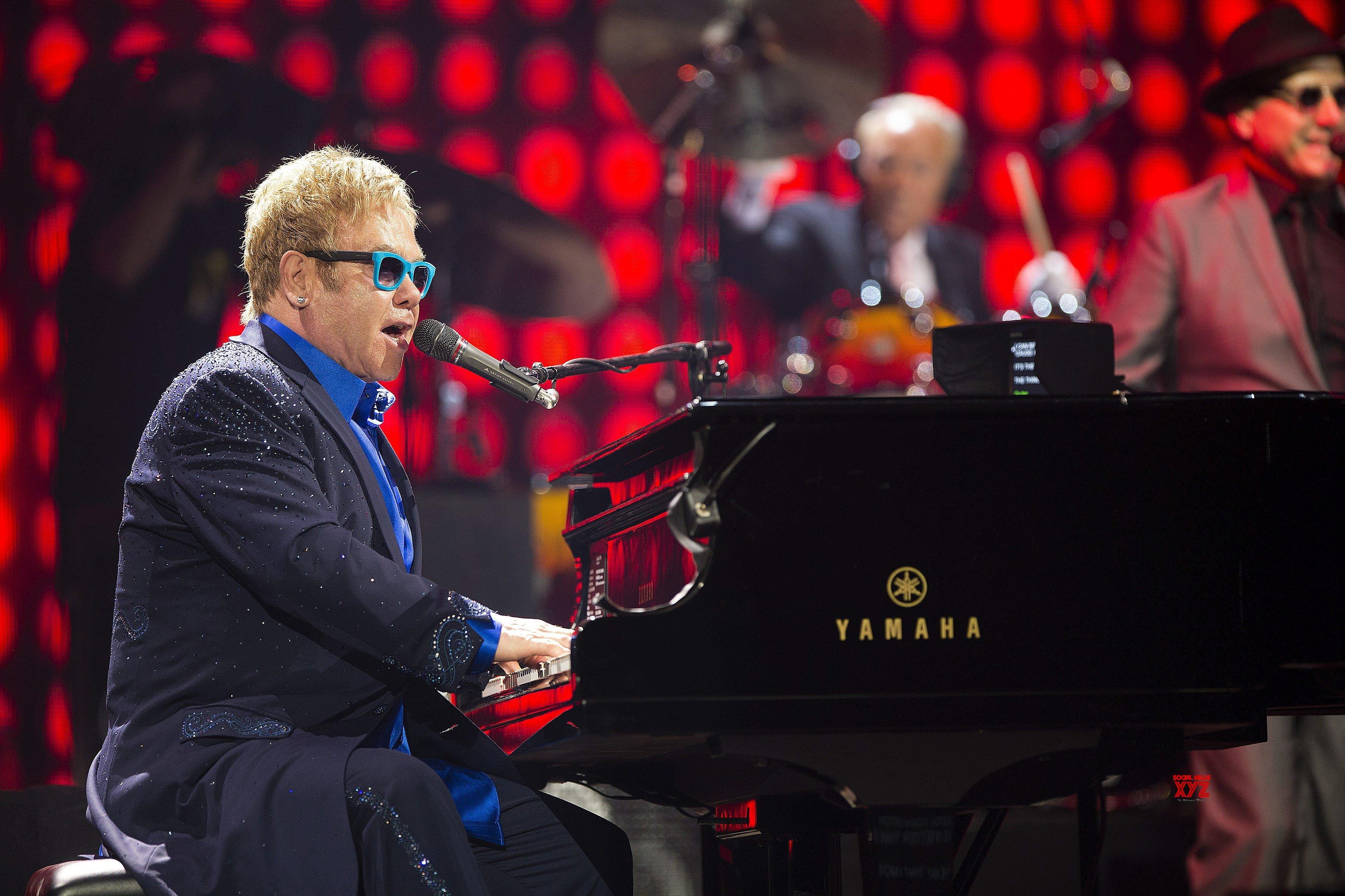 When Elton John tried to take his own life