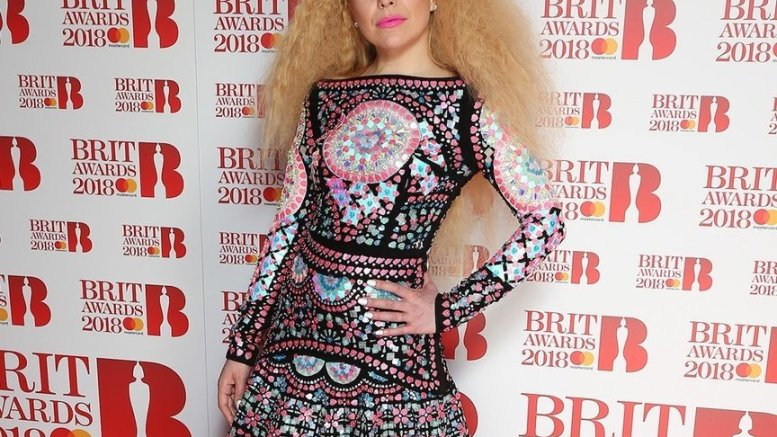 Why pregnant Paloma Faith won't step out before delivery