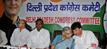 New Delhi: Delhi Congress President Sheila Dikshit and Working President Haroon Yusuf during a press conference at the party's headquarter, in New Delhi on May 4, 2019. (Photo: IANS)