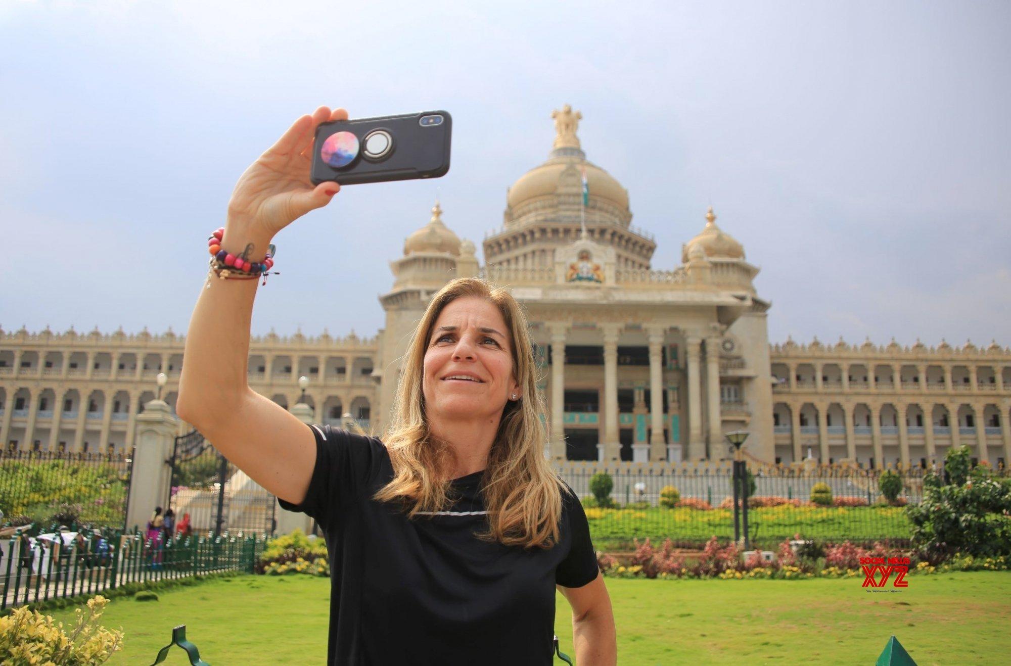 Bengaluru: Arantxa Sanchez Vicario at Vidhana Soudha #Gallery