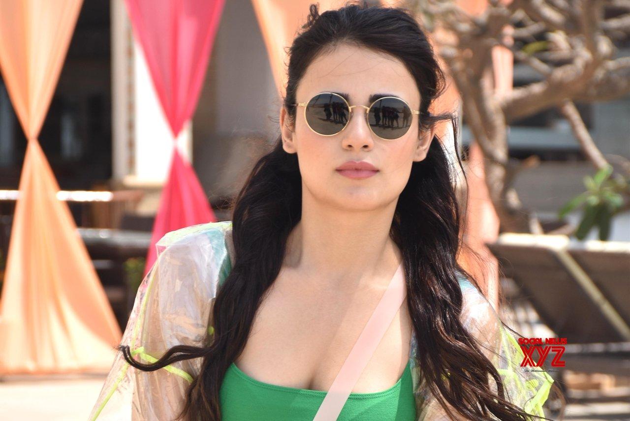 Radhika Madan Biography Height, Weight, Age, Boyfriend, Family - World Super Star Bio