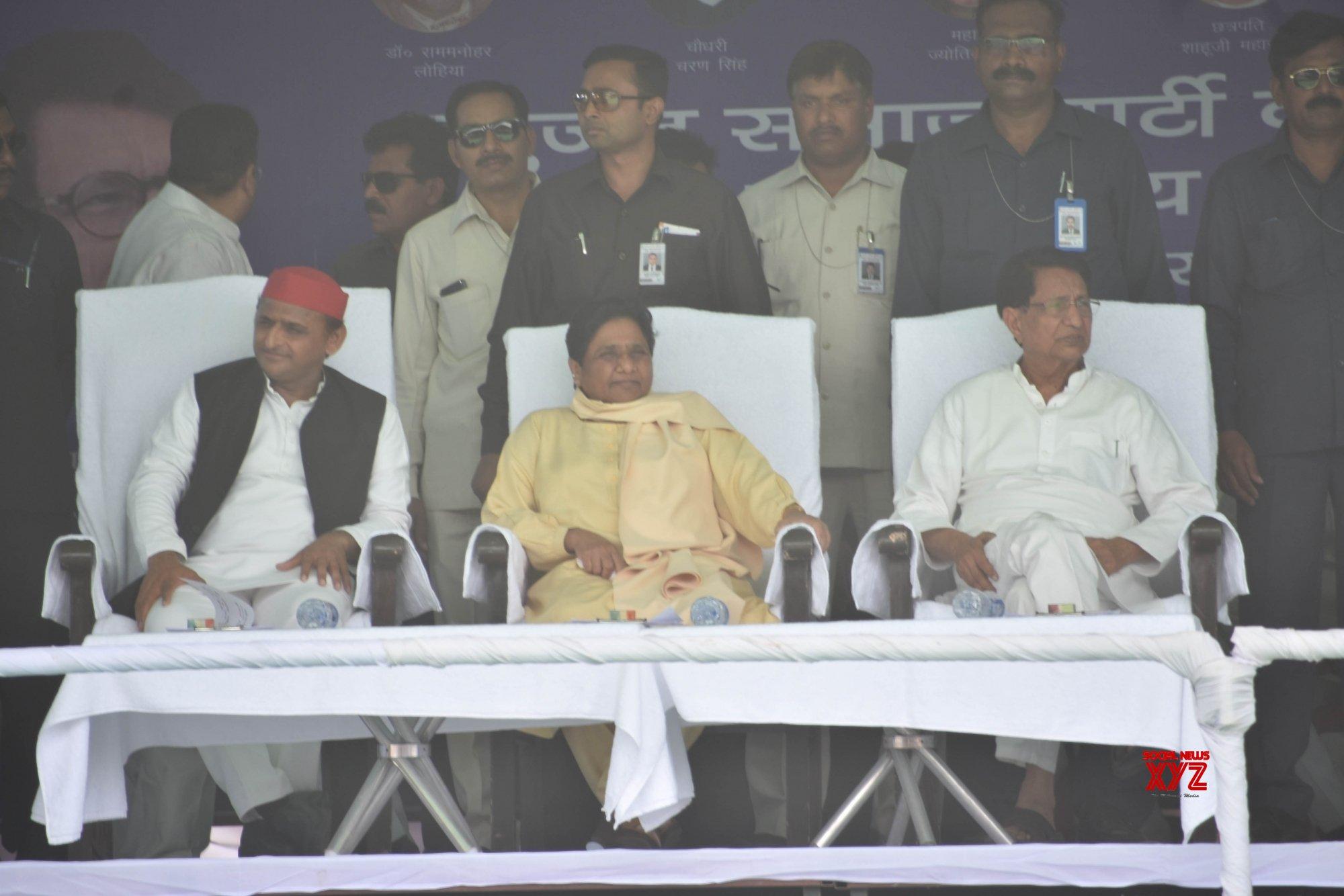 Varanasi: Akhilesh Yadav, Mayawati, Ajit Singh during joint public rally (Batch - 2) #Gallery