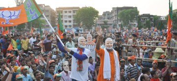 Dum Dum: Supporters during Prime Minister Narendra Modi's public rally in West Bengal's Dum Dum on May 16, 2019. (Photo: Kuntal Chakrabarty/IANS)