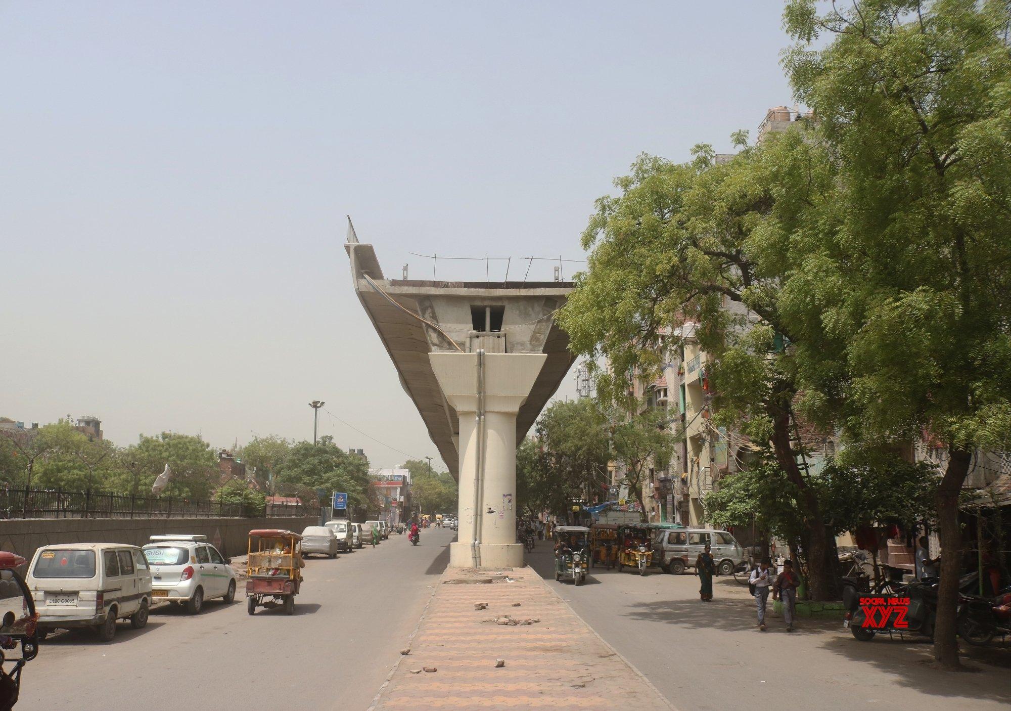 New Delhi: Under - construction metro pillars at Trilokpuri #Gallery