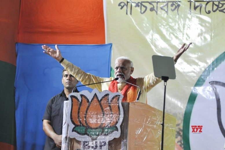 Mamata would not have been CM but for EC: Modi