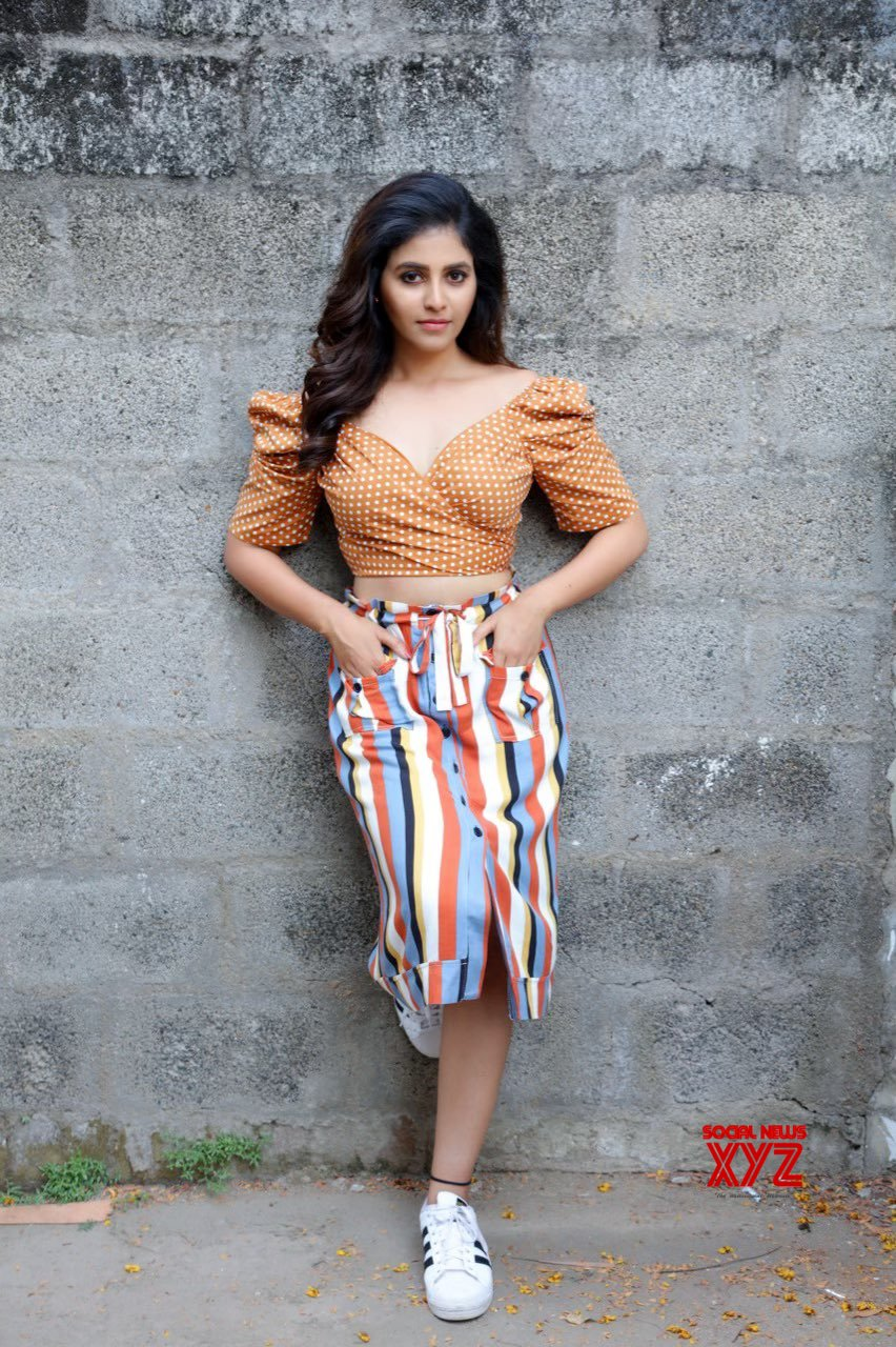 Actress Anjali Latest Fashion Stills