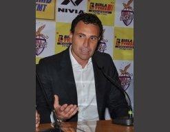 Enrique will remain Spain coach: Federation