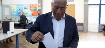 LISBON, May 26, 2019 (Xinhua) -- Portugal's Prime Minister Antonio Costa votes at a polling station in Lisbon, Portugal, May 26, 2019. The European Parliament (EU) elections started in Portugal on Sunday. (Xinhua/Pedro Fiuza/IANS)