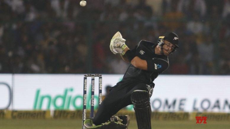 New Zealand hammer Sri Lanka by 10 wickets