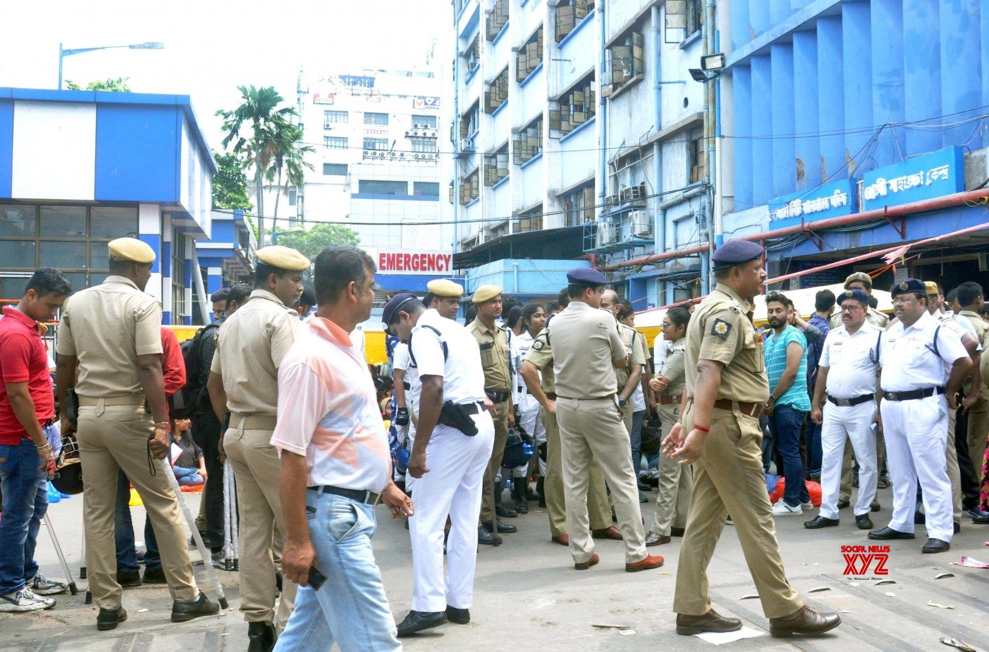 Junior doctors threaten strike in Bengal on Wednesday