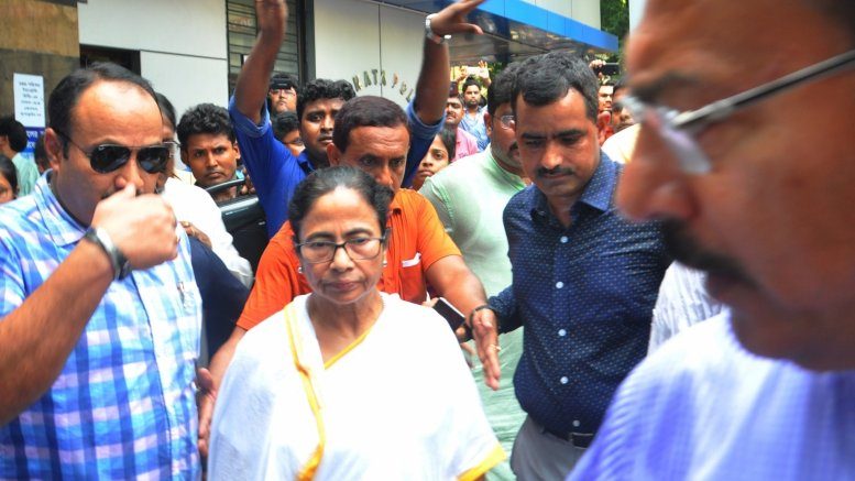 Mamata gives striking doctors 4 hours to resume duties