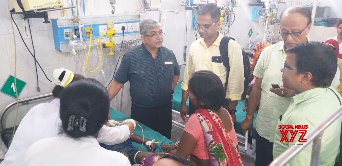Muzaffarpur (Bihar): Children with encephalitis symptoms being treated at hospital #Gallery