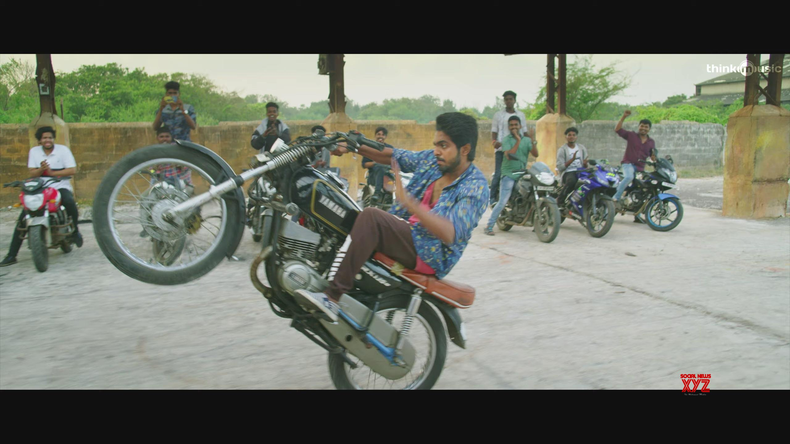 Sivappu Manjal Pachai Movie Teaser Stills