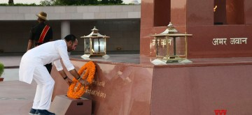 New Delhi: Union MoS Home Affairs G. Kishan Reddy pays tribute to martyrs at National War Memorial, in New Delhi on June 14, 2019. (Photo: IANS/PIB)