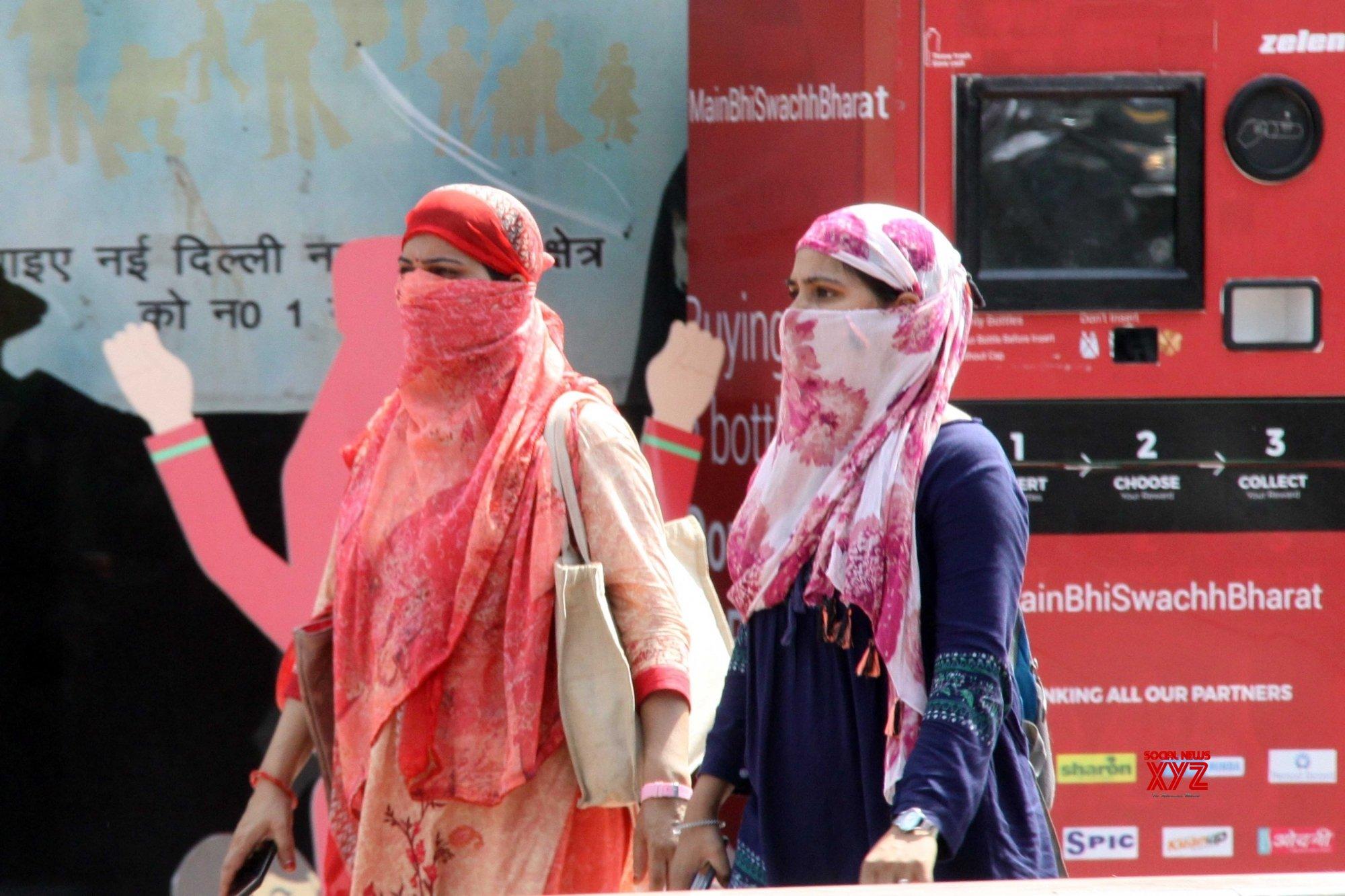 New Delhi: Hot day #Gallery