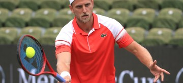 STUTTGART, June 14, 2019 (Xinhua) -- Denis Kudla of the United States returns a shot during a men's singles quarterfinal match of ATP Mercedes Cup tennis tournament between Denis Kudla of the United States and Matteo Berrettini of Italy in Stuttgart, Germany, on June 14, 2019. (Xinhua/Philippe Ruiz/IANS)