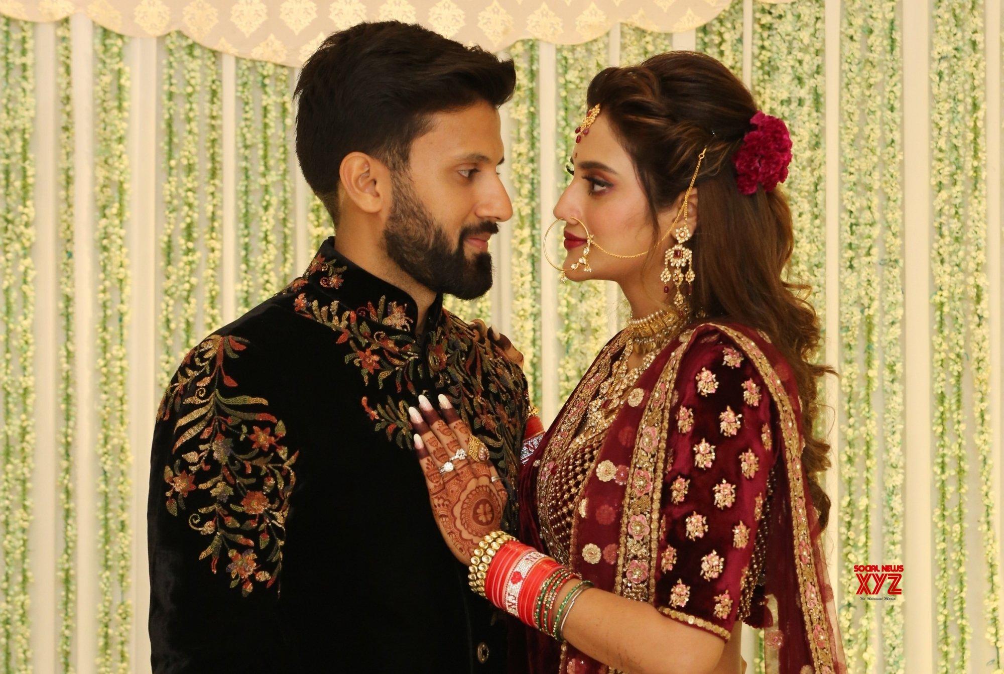 Kolkata: Nusrat Jahan - Nikhil Jain wedding reception #Gallery - Social News XYZ
