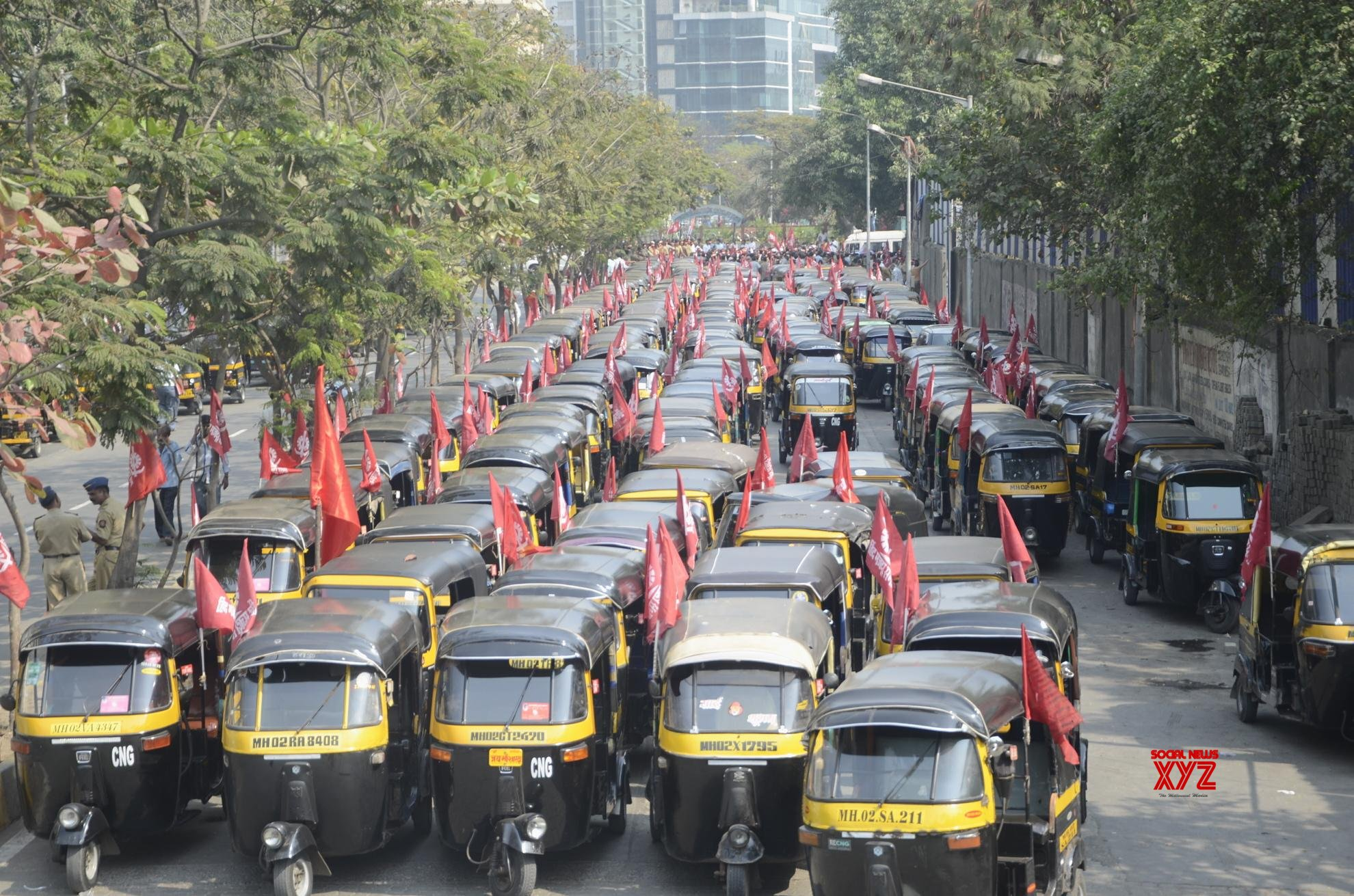 A million auto-rickshaws to strike from midnight in Maharashtra