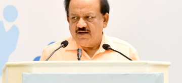 New Delhi: Union Health and Family Welfare Minister Harsh Vardhan addresses during a programme organised on 2019 World Population Day, in New Delhi on July 11, 2019. (Photo: IANS/PIB)