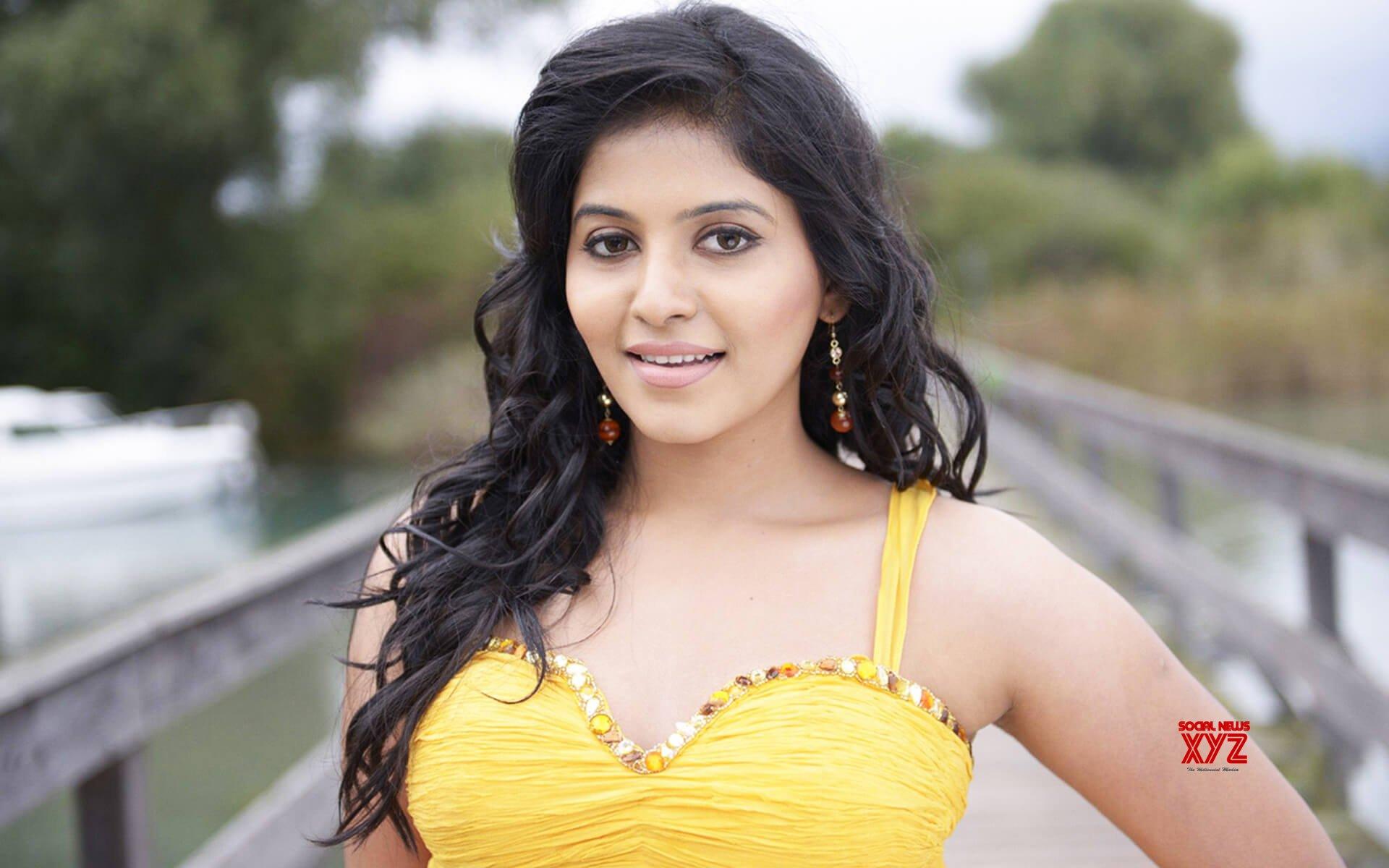 Anjali's Drive Into Comedy Caper Zone