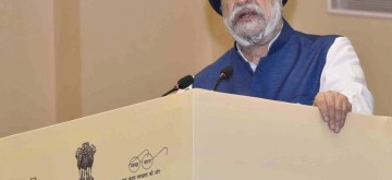 New Delhi: Union MoS Housing and Urban Affairs Hardeep Singh Puri addresses at the 165th CPWD Day celebrations, in New Delhi on July 12, 2019. (Photo: IANS/PIB)