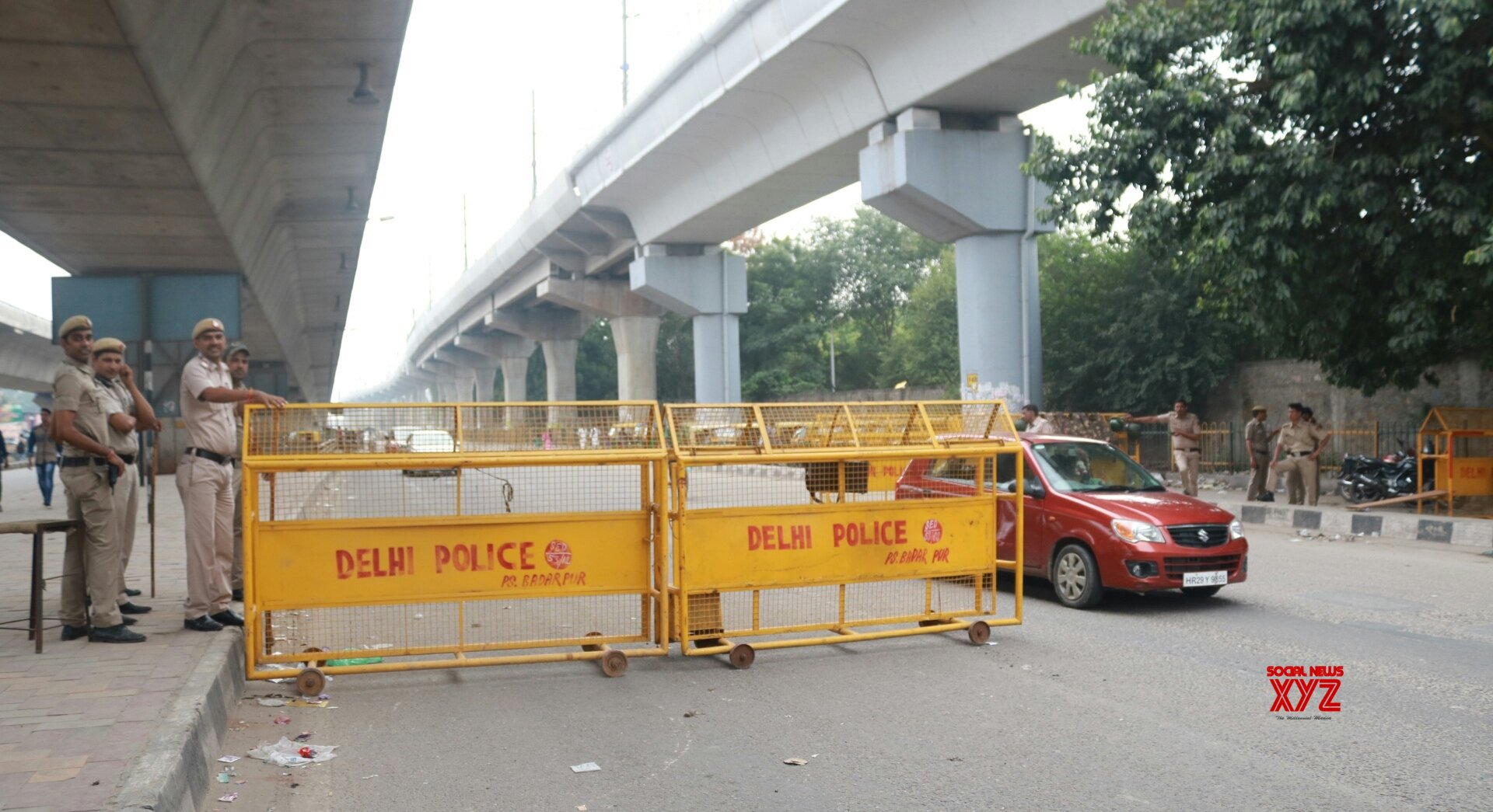 3-year-old girl who fell off flyover dies
