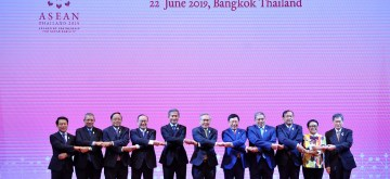 BANGKOK, June 22, 2019 (Xinhua) -- Foreign ministers of the Association of Southeast Asian Nations (ASEAN) member states and ASEAN Secretary-General Dato Lim Jock Hoi (1st R) pose for a group photo during the ASEAN Foreign Ministers' Meeting in Bangkok, Thailand, June 22, 2019. (Xinhua/Rachen Sageamsak/IANS)