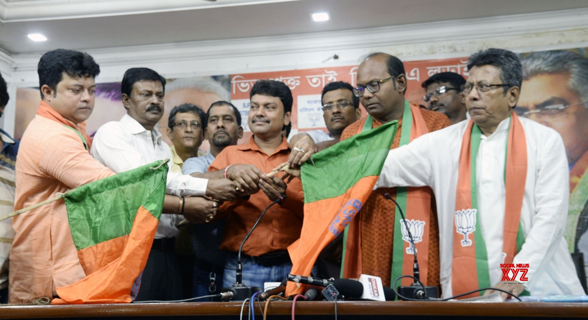 Kolkata: West Bengal government employees join BJP #Gallery - Social