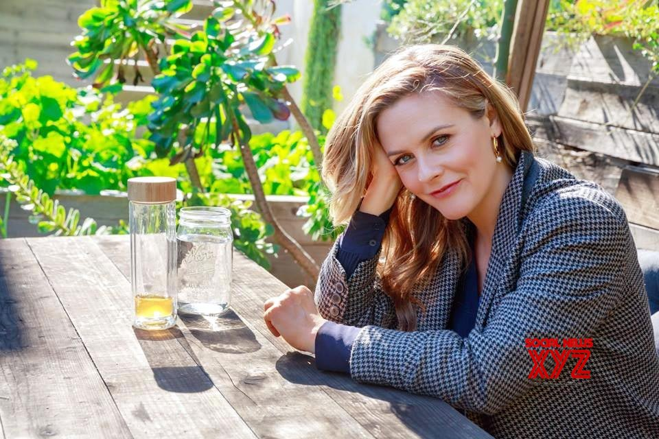 Alicia Silverstone says people have been pronouncing her first name wrong