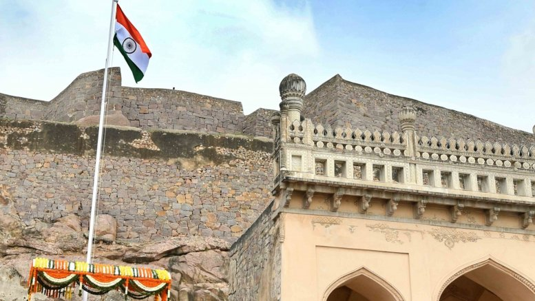 Patriotic fervour marks I-Day celebrations in Telangana, Andhra