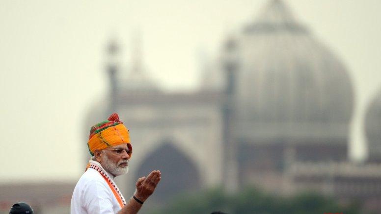 Modi to address 'Ganga Sammelan' in UP