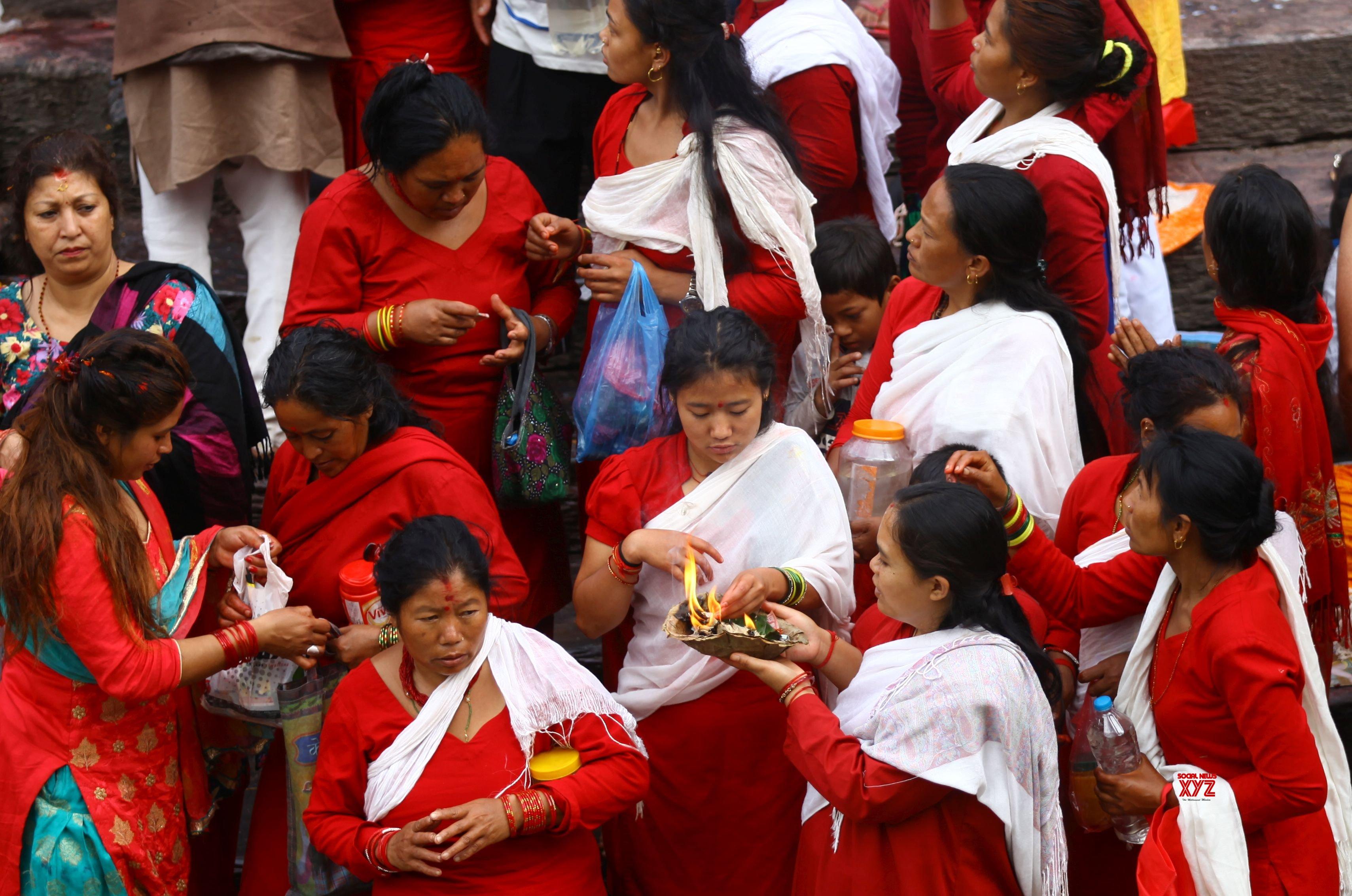 NEPAL - KATHMANDU - JANAI PURNIMA - FESTIVAL #Gallery