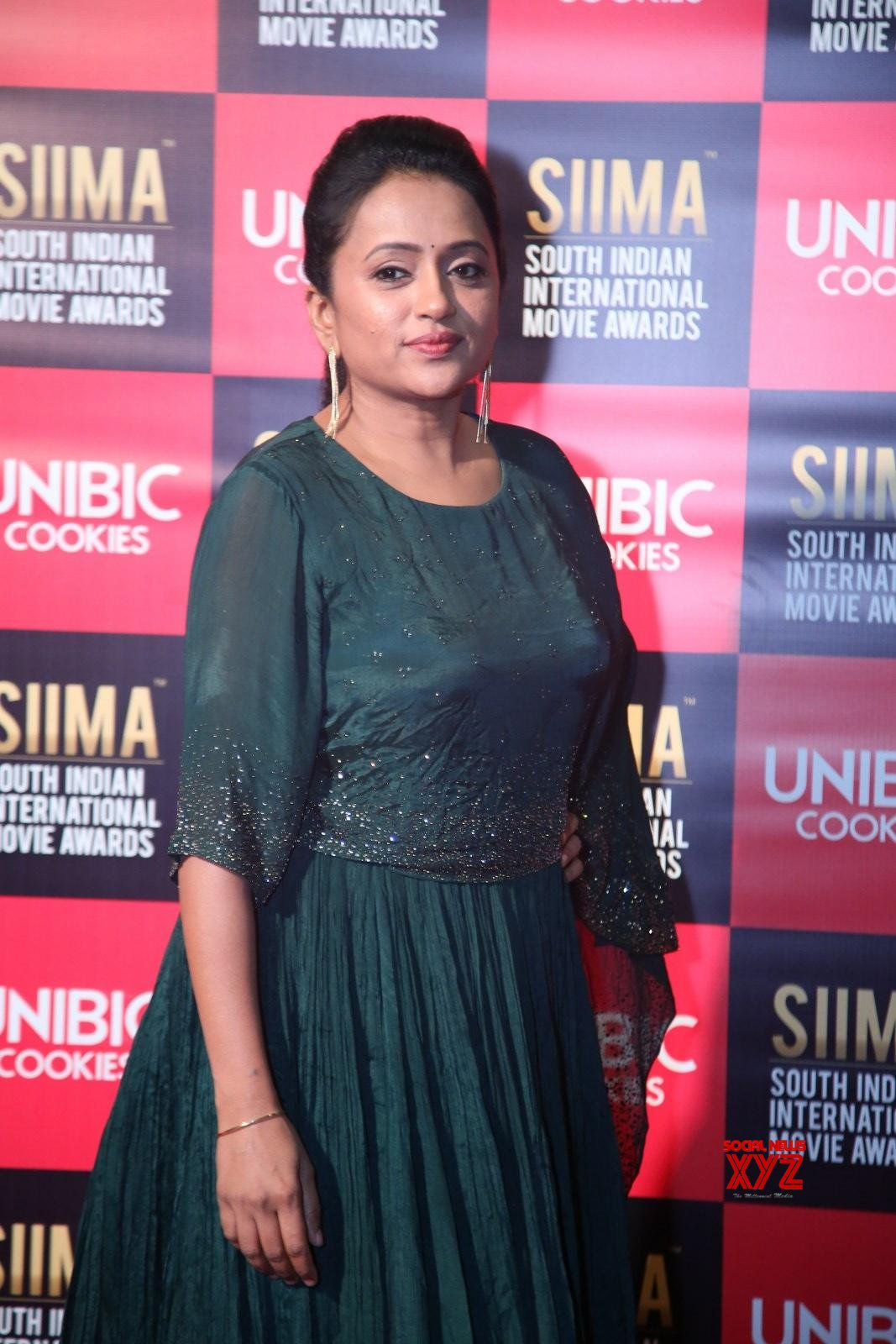 Anchor Suma Stills From SIIMA Awards 2019 Red Carpet