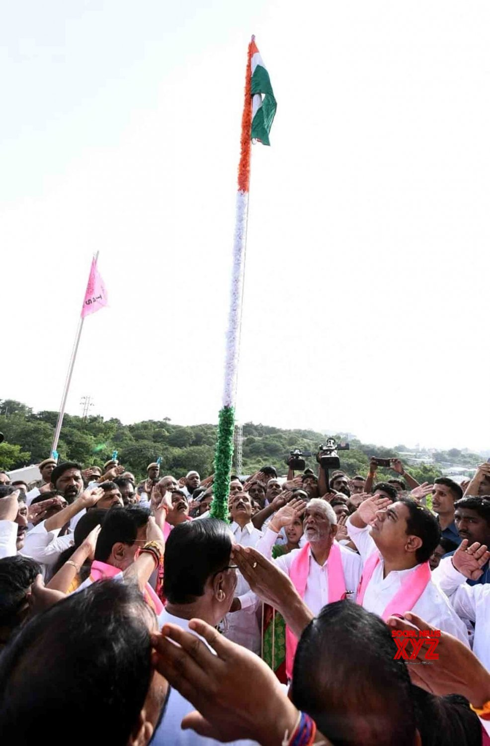 Hyderabad: KT Rama Rao hoists Tricolor at Telangana Bhavan on 73rd Independence Day #Gallery