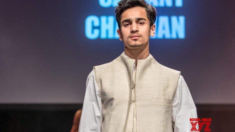Vishwajeet Pradhan's son debuts in fashion industry