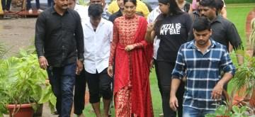 Mumbai: Actress Sonam Kapoor arrives at Andheri cha Raja pandal on Ganesh Chaturthi in Mumbai, on Sep 5, 2019. (Photo: IANS)