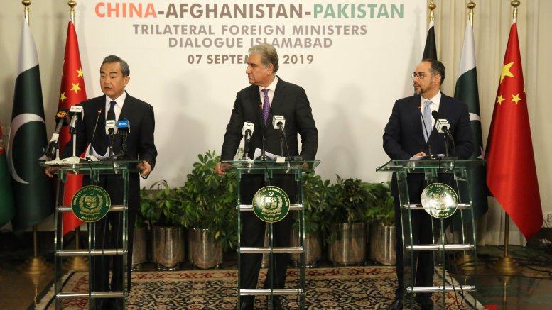 Pak in diplomatic push to salvage Afghan peace deal