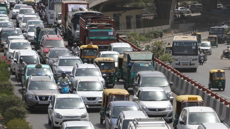 Women exempted, private CNG to follow odd-even: Kejriwal